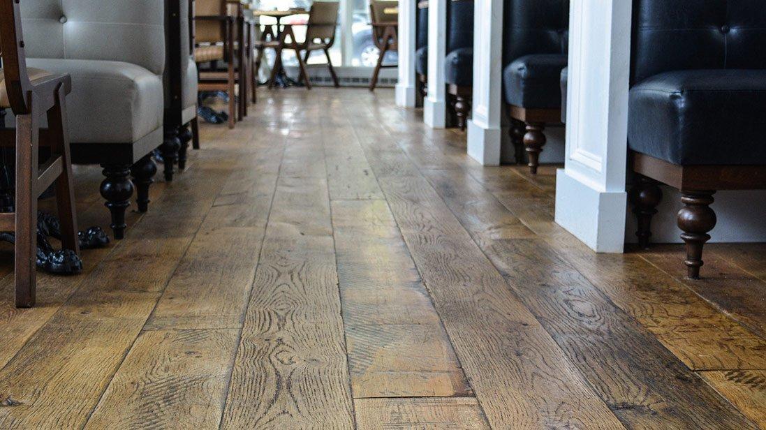 5 Reasons to Buy Hardwood Floors